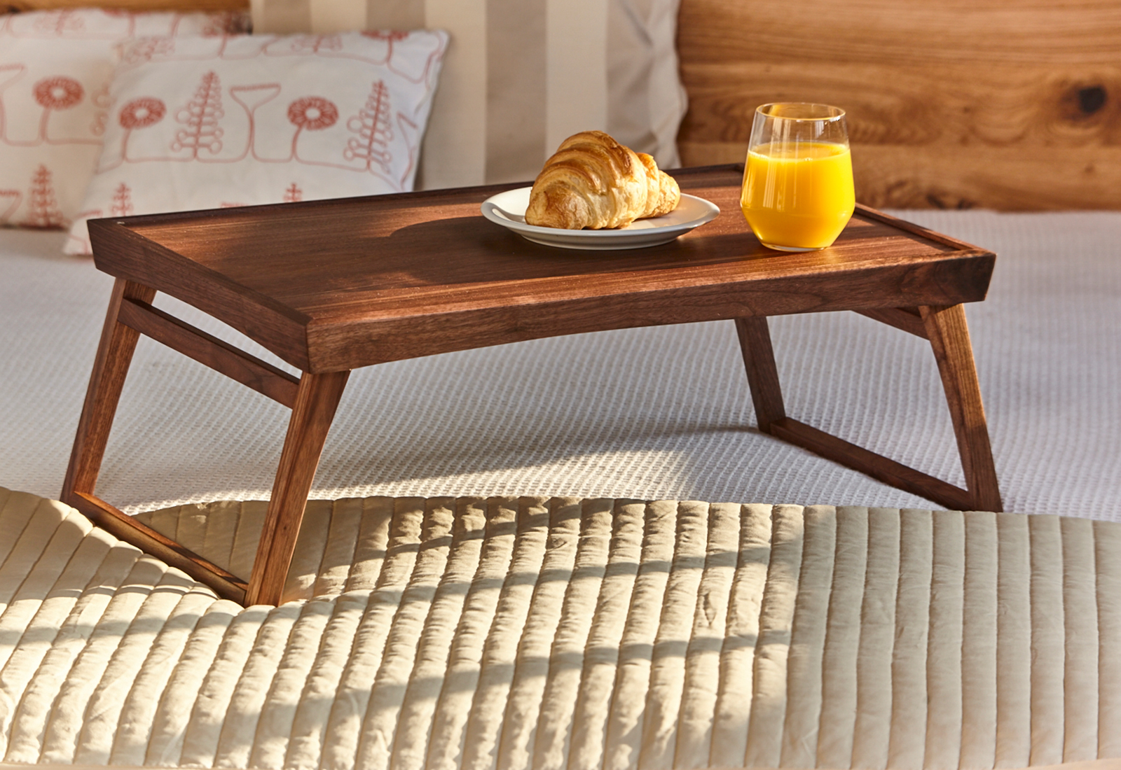 D 201 Sir 201 E Bed Tray Table Laptop Stand Bed Tray