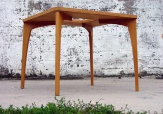 RANK asztal