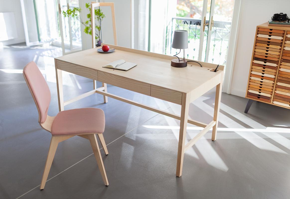 THEO desk plus