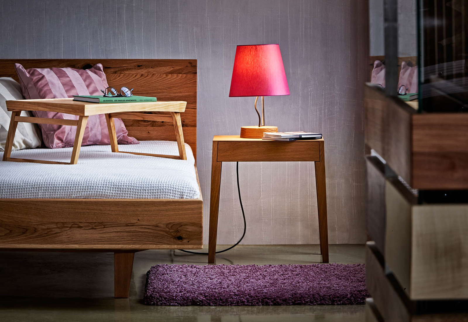 THEO bedside table